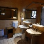 Suite Duc de Choiseul - Salle de bains - Chateau de Chissay - Hotels Particuliers K.P.