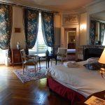 Suite Duc de Choiseul avec vue sur le salon attenant - Chateau de Chissay - Hotels Particuliers - K.P.